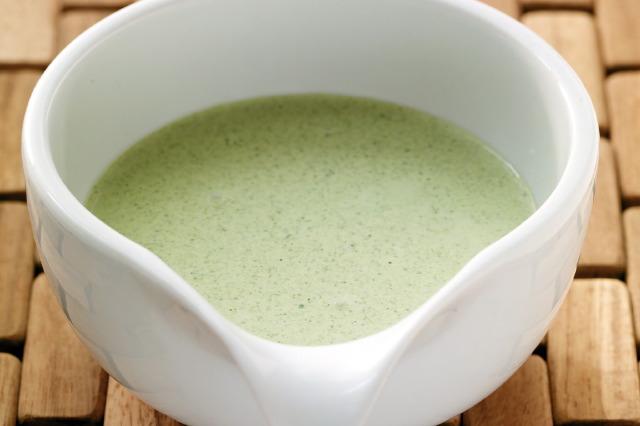 Grüne Kerbel-Kresse-Sauce